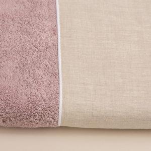 Coppia asciugamani spugna colore rosa dust con bordo in lino sabbia