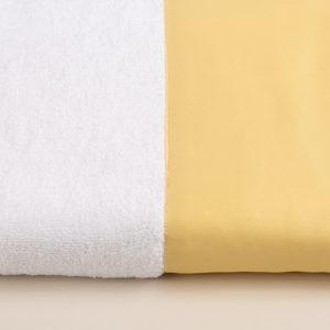 Coppia spugna bianca con fascia raso giallo