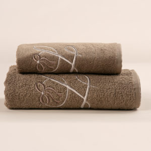 Coppia da bagno spugna sabbia con cifra ricamata sabbia avorio