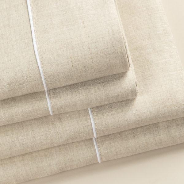 Parure lenzuola in puro lino colore sabbia