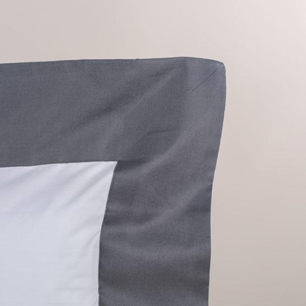 Federa guanciale percalle bianco con bordo grigio