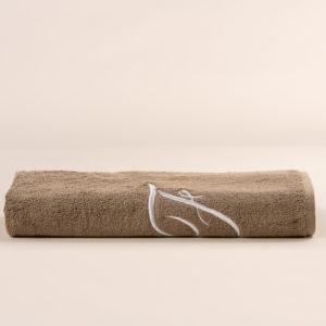 Telo bagno in spugna sabbia con ricamo cifra in colore bianco