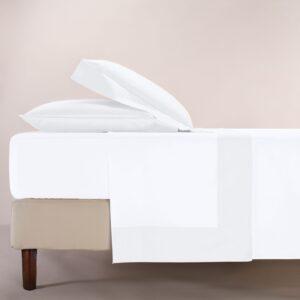 Completo lenzuola percalle colore bianco e bordo in raso di cotone bianco