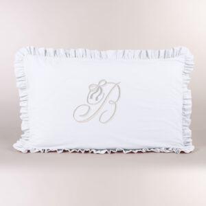 Federa cuscino letto con iniziale ricamata