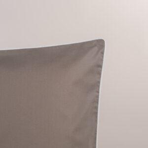 Federa per guanciale percalle sabbia con bordino bianco