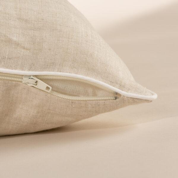 Cuscino da arredamento in linocon profilo in contrasto