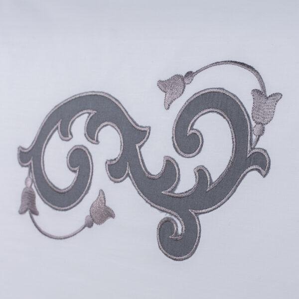 Federa per cuscino percalle bianco con ricamo grigio