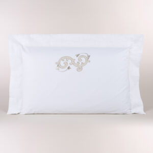 Federa cuscino letto percalle con ricamo sabbia