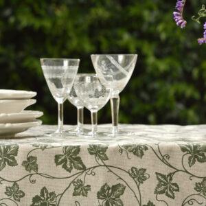 Tovaglia misto cotone epoliestere disegno edera con merletto